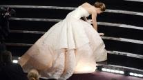 jennifer-lawrence oscars-fall-2013 dior couture