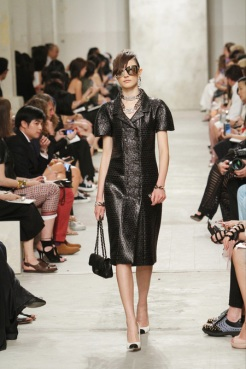 CHANEL resort 2014 Singapore - Black dress II