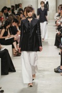 CHANEL resort 2014 Singapore - black jacket with white pants