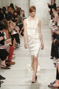 CHANEL resort 2014 Singapore - Long White dress II