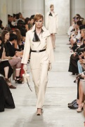 CHANEL resort 2014 Singapore - White jacket and pants II