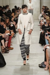 CHANEL resort 2014 Singapore - White jacket and pants