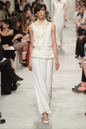 CHANEL resort 2014 Singapore - White shirt and pants