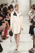 CHANEL resort 2014 Singapore - White trench coat
