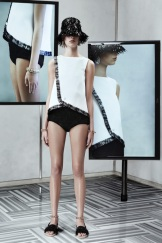 Balenciaga Resort 2014 - White top