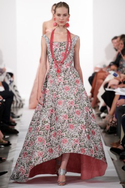 Oscar de la Renta Spring 2014 - emroidered floral dress