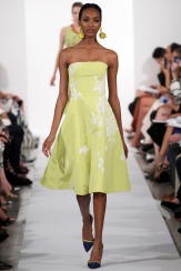 Oscar de la Renta Spring 2014 - green dress with embroidery